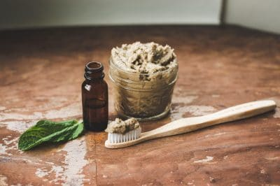 DIY clay, baking soda and essential oil healthy toothpaste recipe